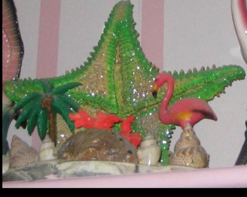 Starfish, Florida kitsch, plastic flamingos, flamingos, palm tree, night light