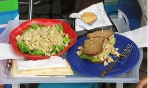 multigrain chips, tuna salad, tunafish sandwich