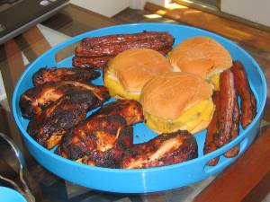 Cheeseburgers, hamburgers, hot dogs, 4th of July cook-out, barbeque chicken