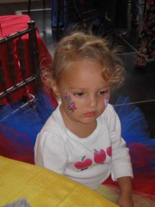 flower face painting, Snow White party,