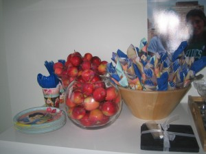 poison apples, Snow White, party decorations