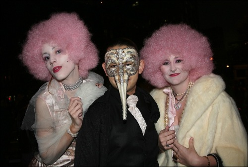 pink wigs, greenwich village halloween parade, silver mask