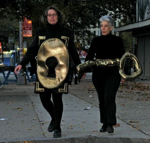 Here's the key to my heart, greenwich village halloween parade, Murray head