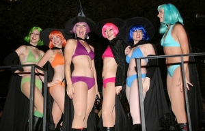 bikinis and wigs, Greenwich Village Halloween Parade, Murray Head