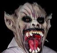 fangs,