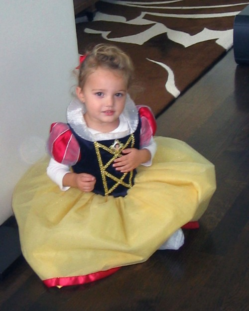 Snow White princess, Finley Ray Clark
