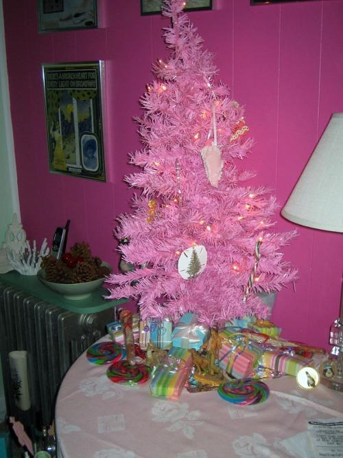 La Vie en Rose, Christmas tree, Ocean Grove