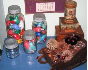 Christmas light bulbs, C-9 bulbs, canning jars, Ball jars, zinc lids, santa sleigh, pine cones