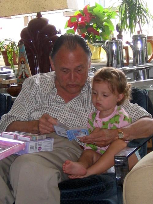 Papa Pete,Finley ray, Finny, reading