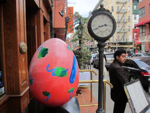 Find the Clock, Find the Egg